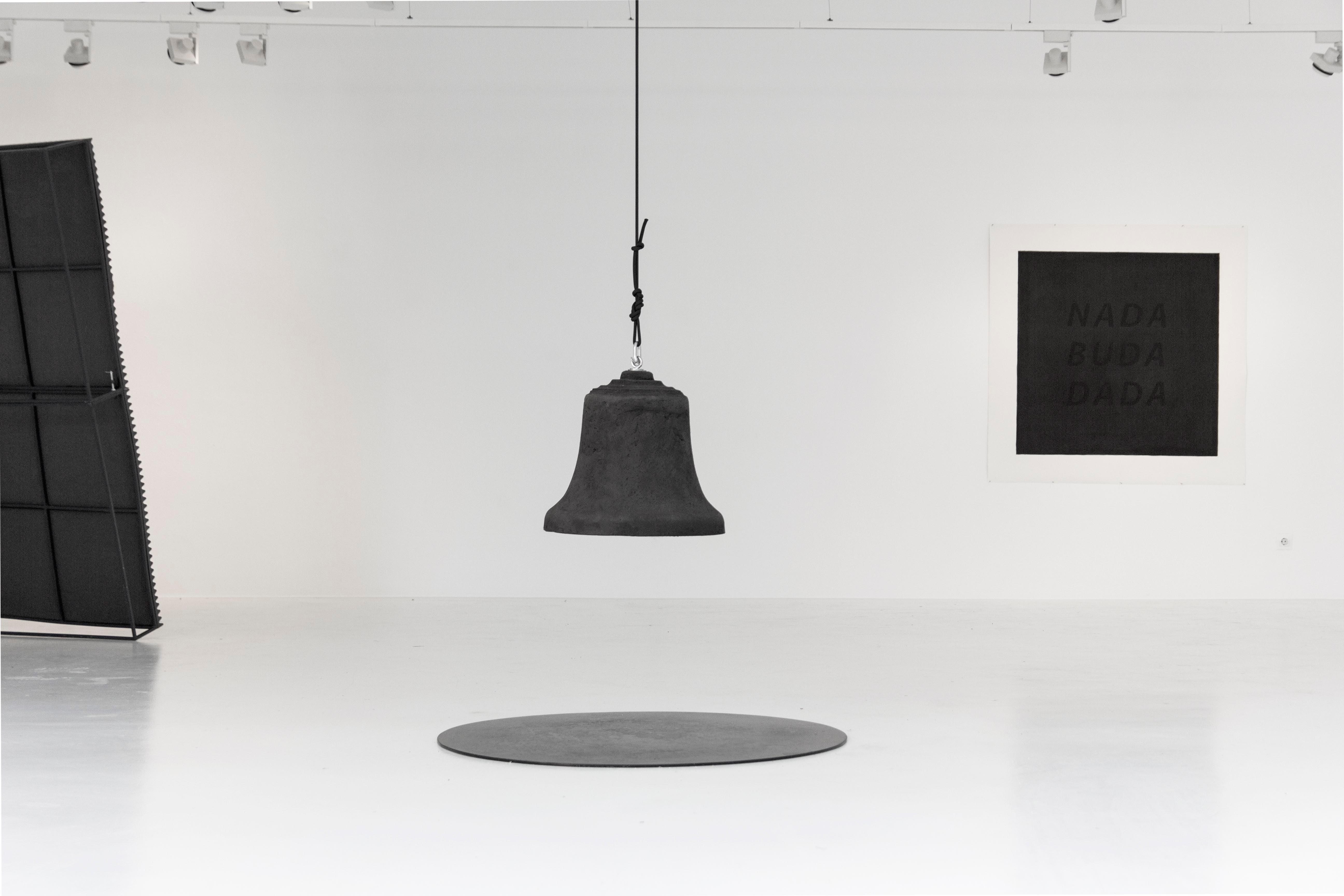 Eugenio Rivas_Campana de silencio